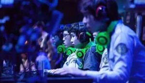 在全国电子竞技大赛中玩转刀塔二、DOTA2、LOL等电子竞技项目,中国电子竞技实力得认可